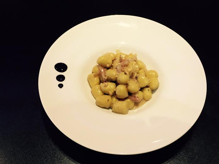 La video ricetta delle trofie gorgonzola, noci e guanciale